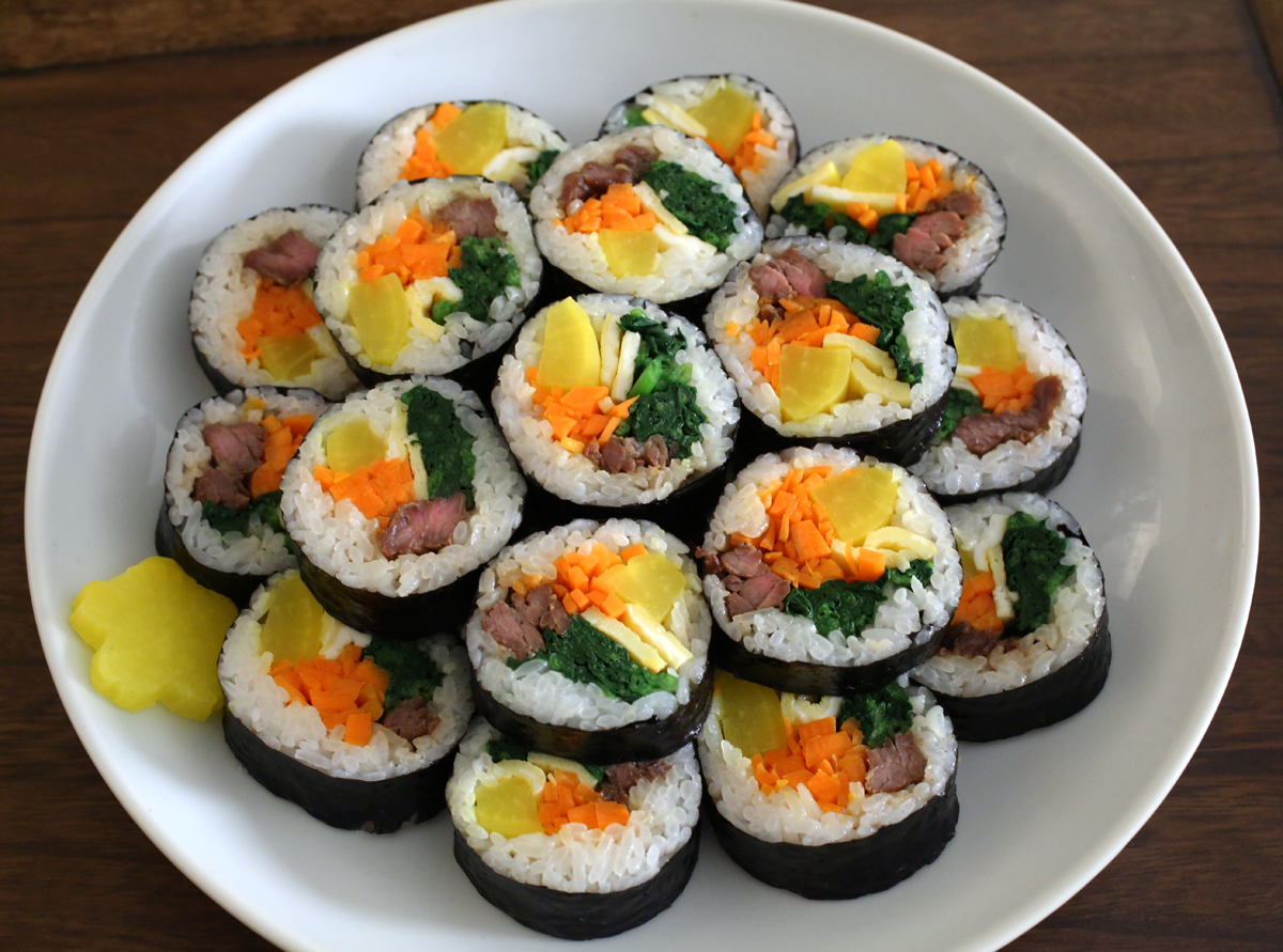Kimbap on eat box