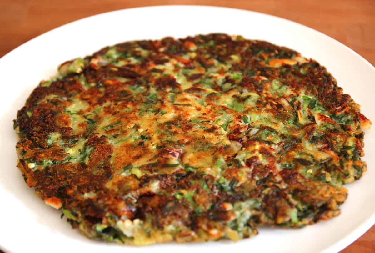 Vegetable pancake (Yachaejeon) recipe - Maangchi.com