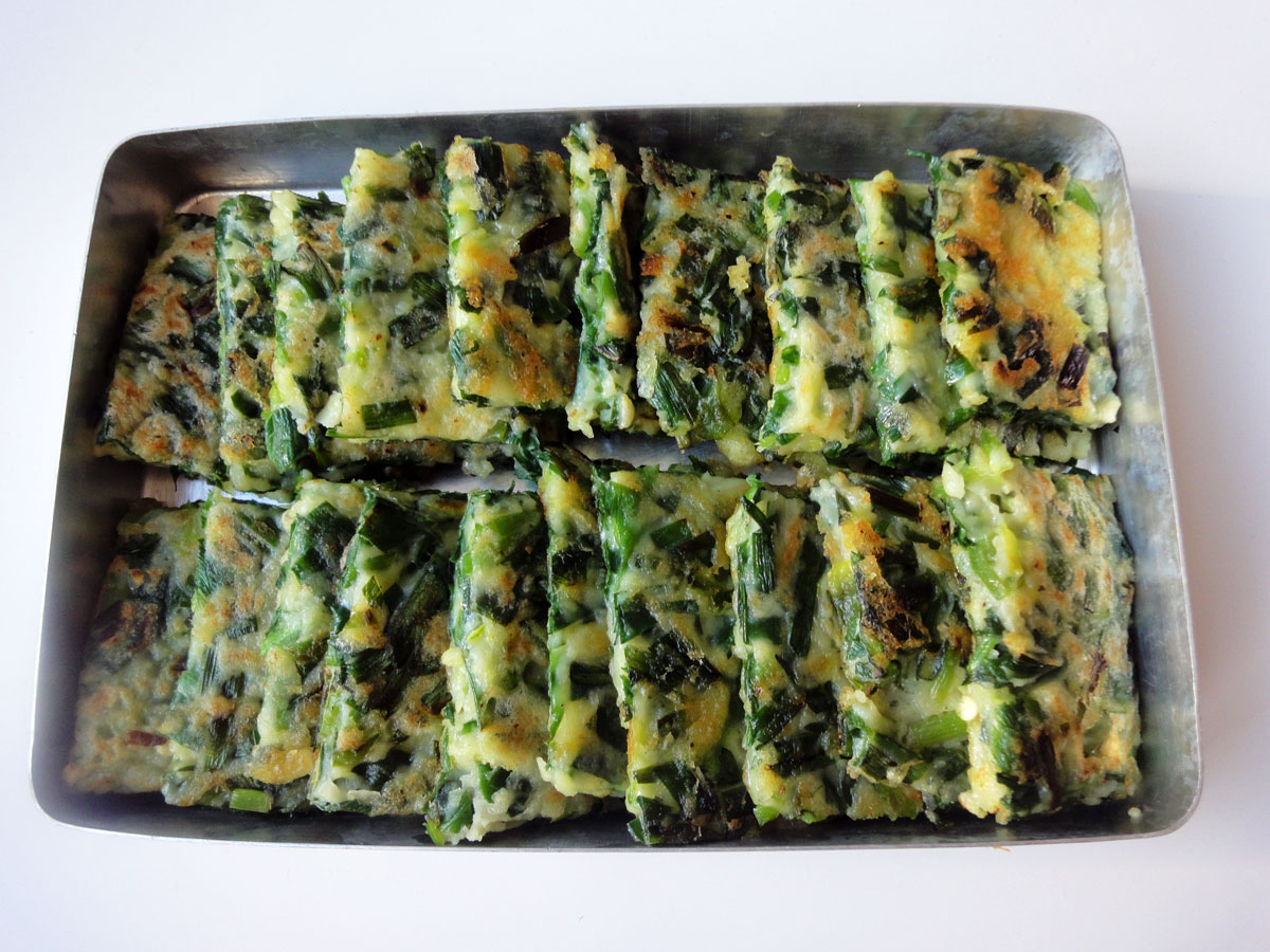 Vegetable pancake with Asian chives (Buchujeon) recipe - Maangchi.com