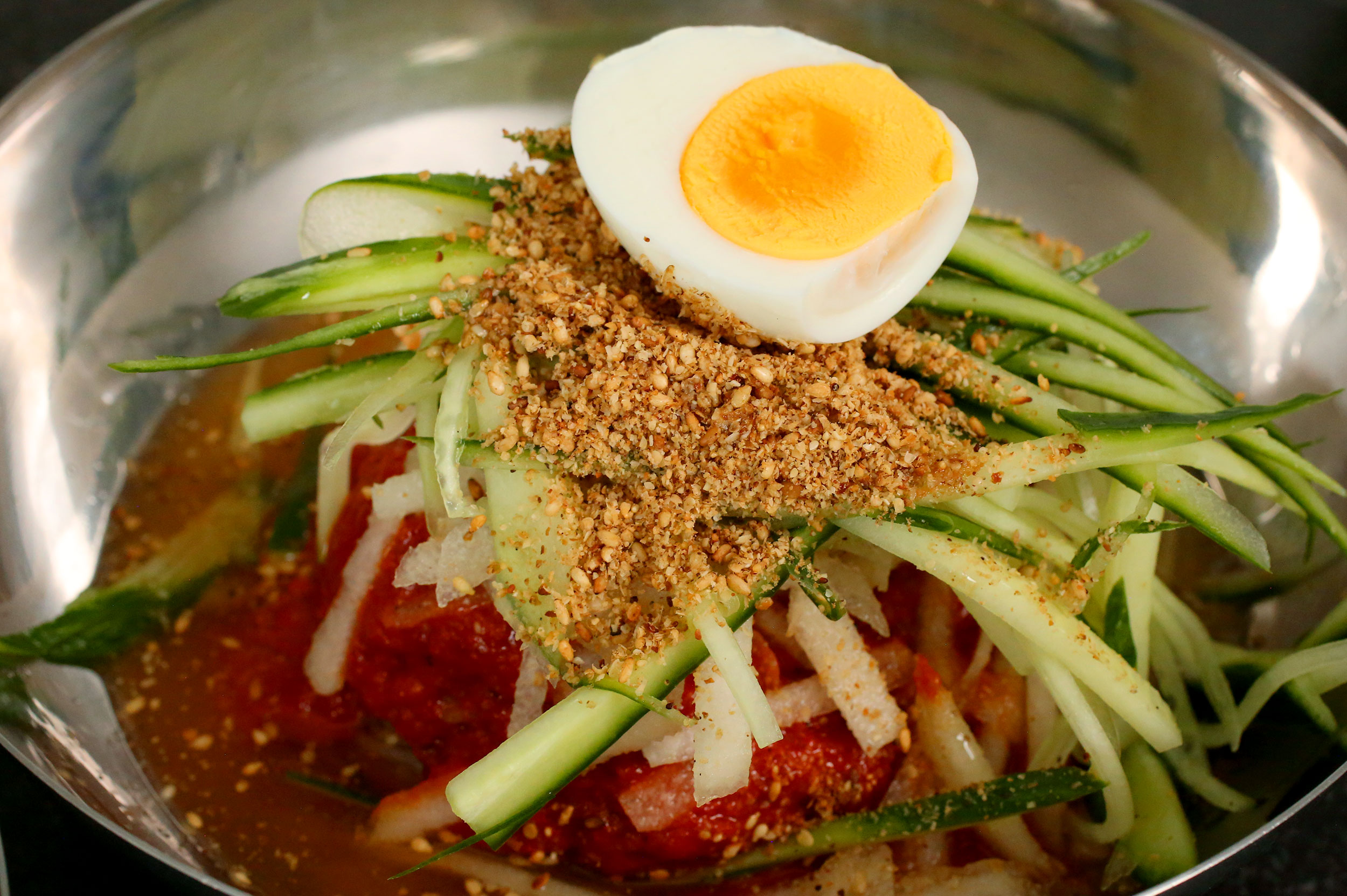 Bibim Naengmyeon 비빔냉면 Cold Spicy Chewy Noodles Recipe