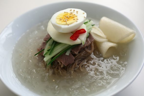 traditional mul-naengmyeon