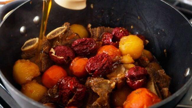 galbi jjim (Korean braised beef short ribs)