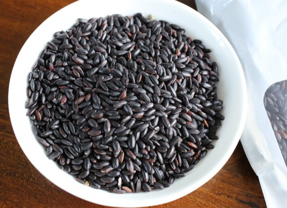 Black sweet rice (Heukmi chapssal)