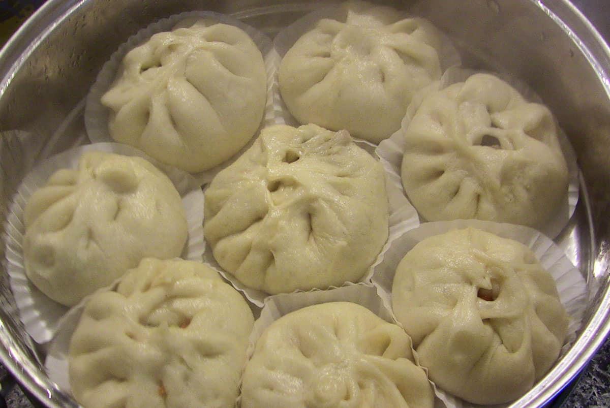 Steamed pork buns (Jjinppang-mandu) recipe
