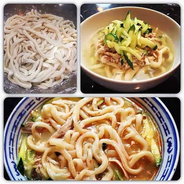 Chicken Noodle Soup (Dak-kalguksu)