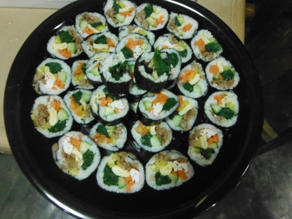 Kimbap with 2 kinds of meat