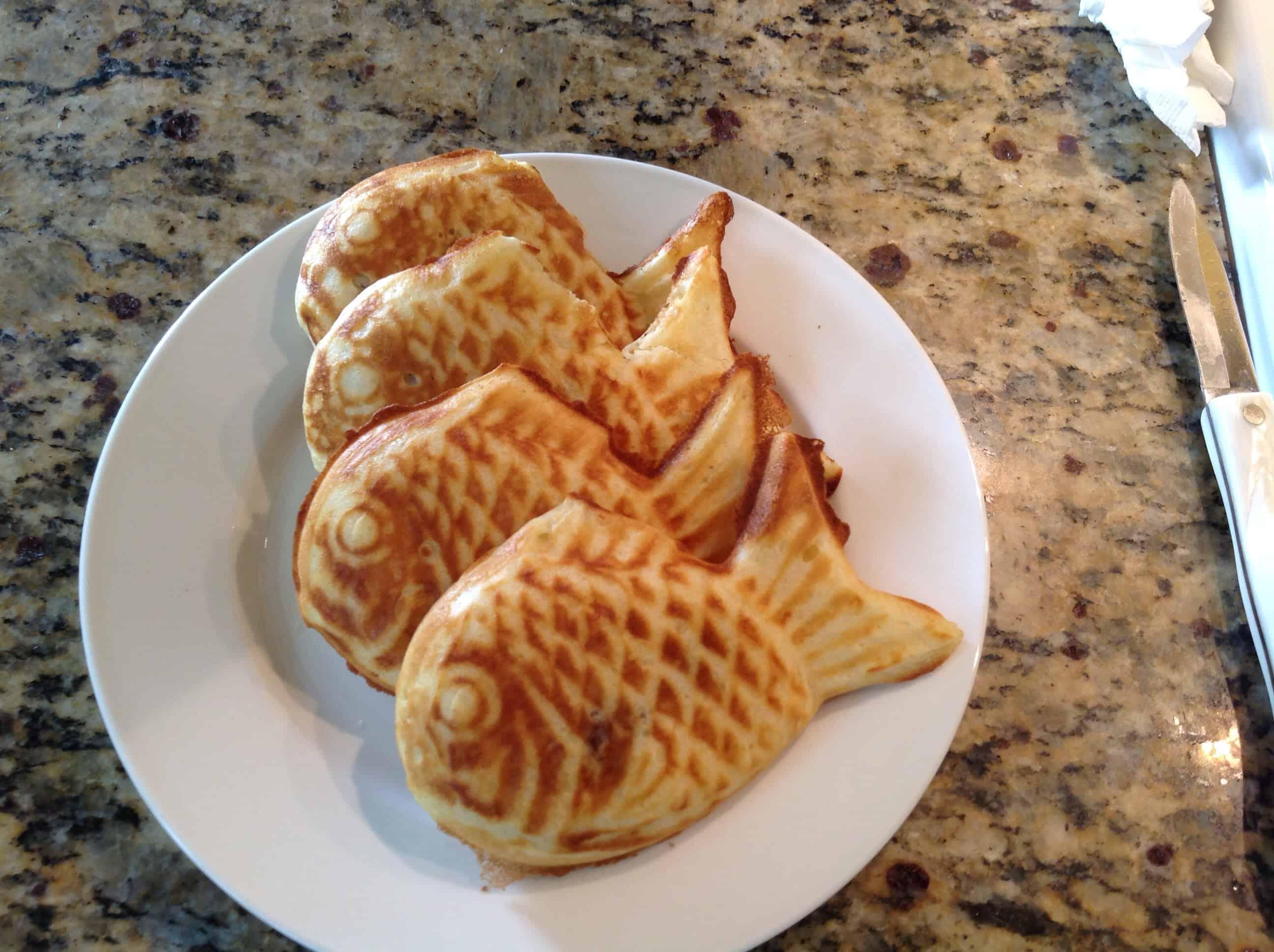 Korean food photo bungeoppang or boongeoppang for Fish shaped bread