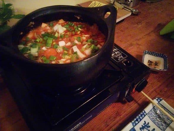 Kimchi sundubu-jigae