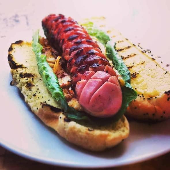 Kimchi Hotdog /w Bratwurst