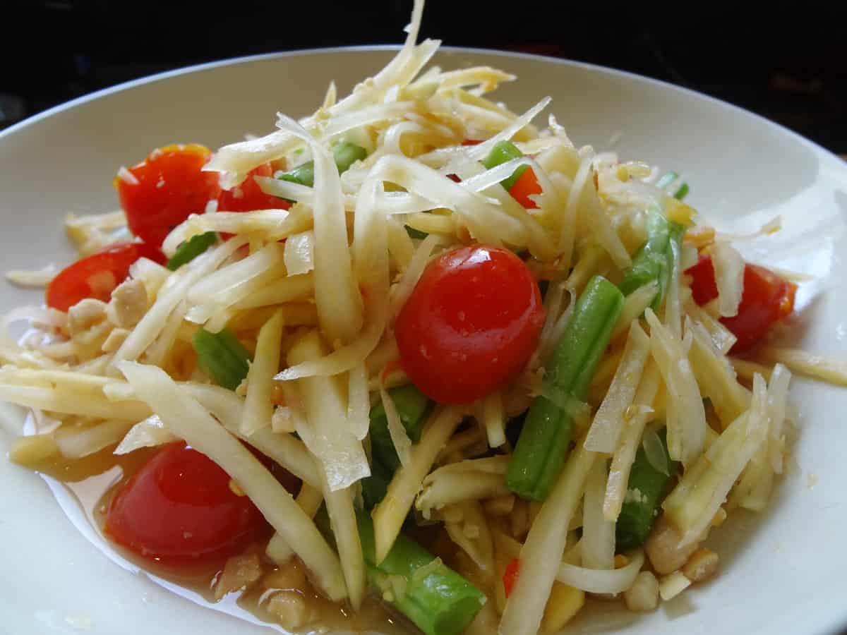 Som tam thai papaya salad recipe maangchi in thailand forumfinder Images