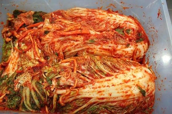 Korean food photo: kimchi - Maangchi.com