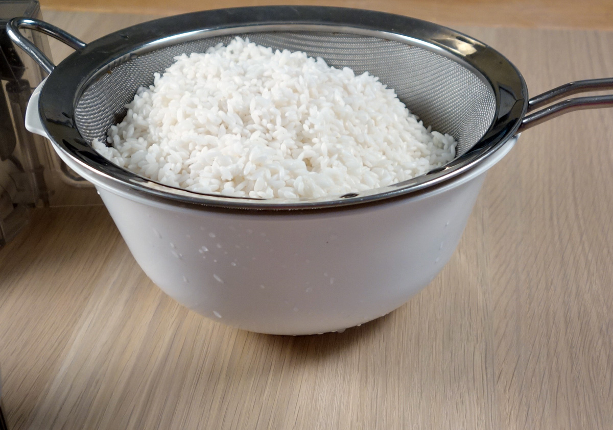 How Can I Make Homemade Rice Cakes