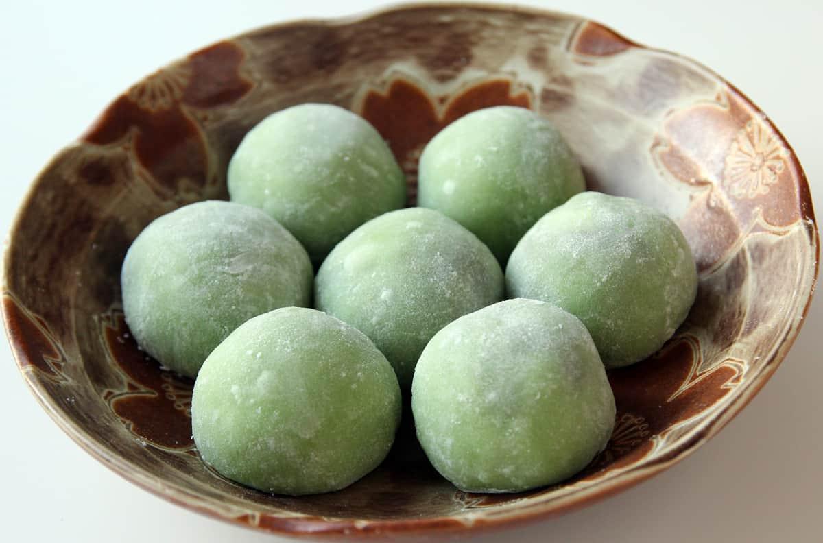 Korean Food Photo Green Tea Chapssalddeok Maangchi Com