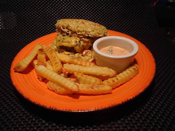 The Ramyun Burger!