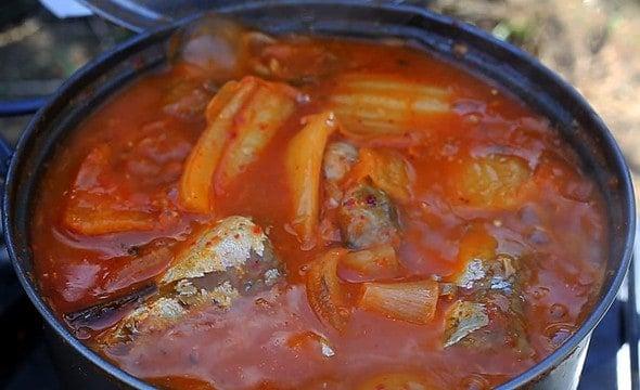 kimchi mackerel camping stew