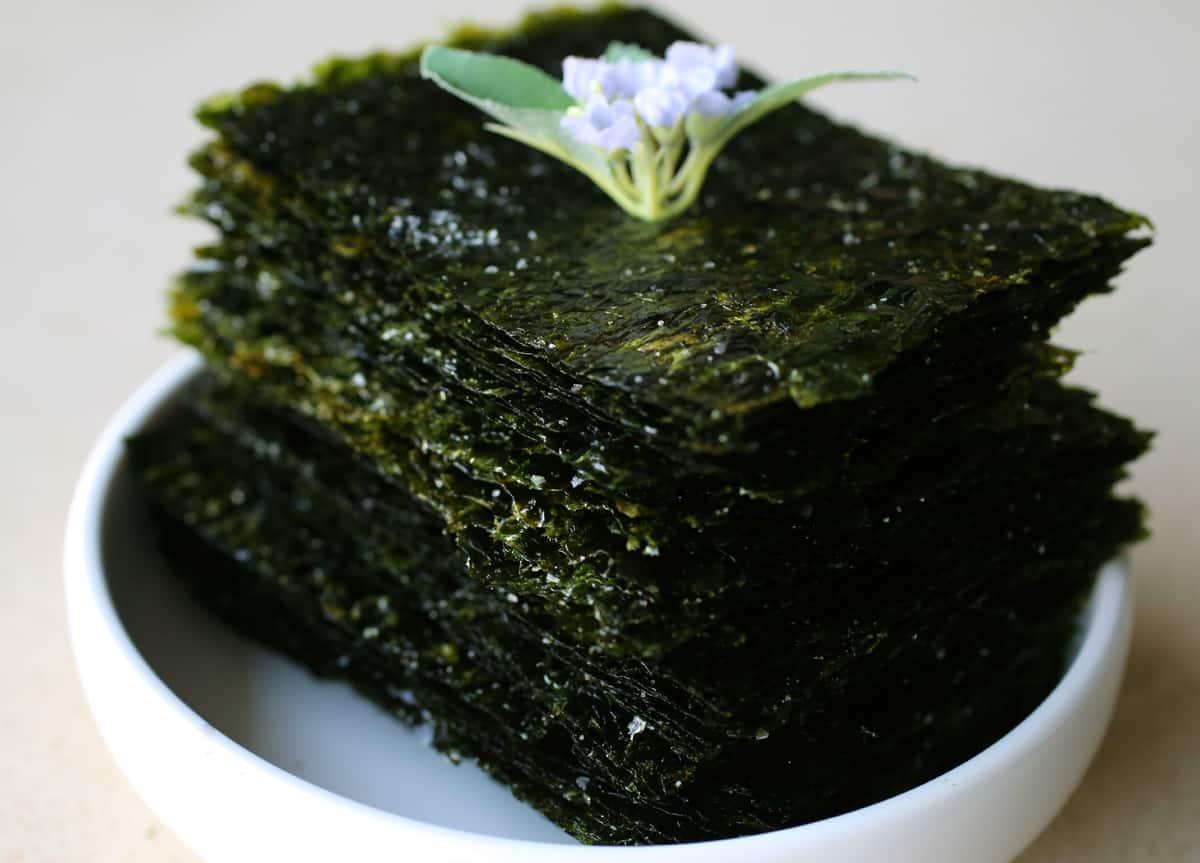 Roasted Seaweed Sheets Gim gui Recipe Maangchicom