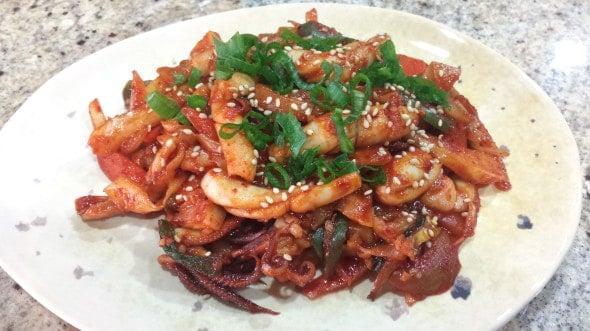 spicy stir-fried squid (오징어볶음:Ojingeobokkeum)