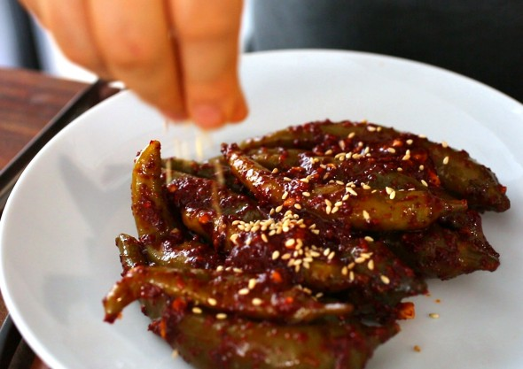 Green chili-pepper-pickles-(gochujangajji) :고추장아찌