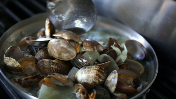 cook clams evenly