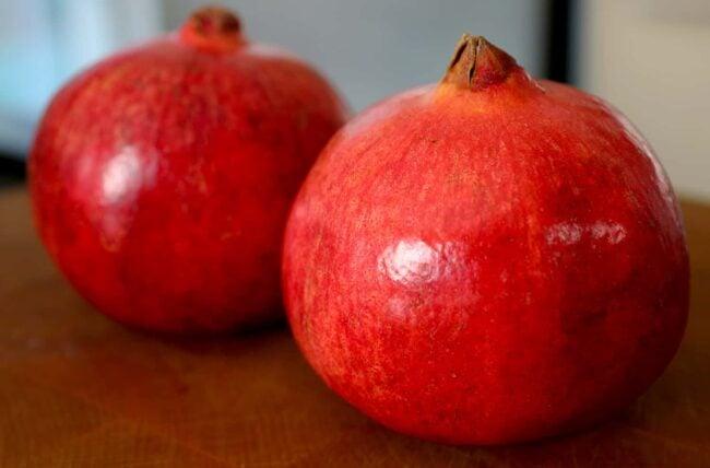 Pomegranates (Seoklyu: 석류)