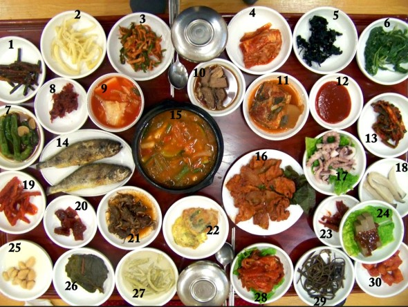 30 Korean side dishes (banchan: 반찬)