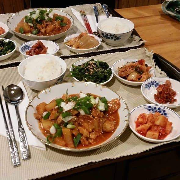 Spicy Braised Chicken Dak-bokkeumtang 닭볶음탕