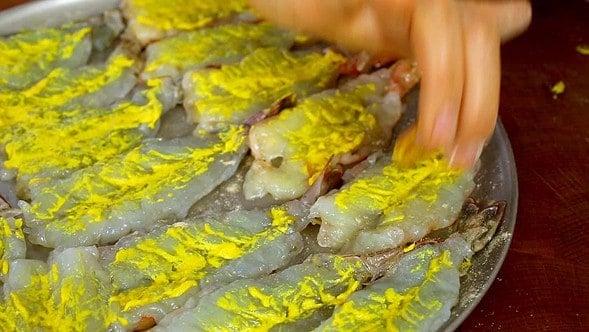 shrimp pancakes (saeujeon: 새우전)