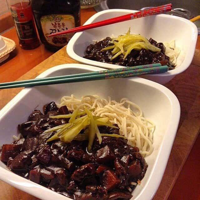 Noodles w/ blackbean sauce