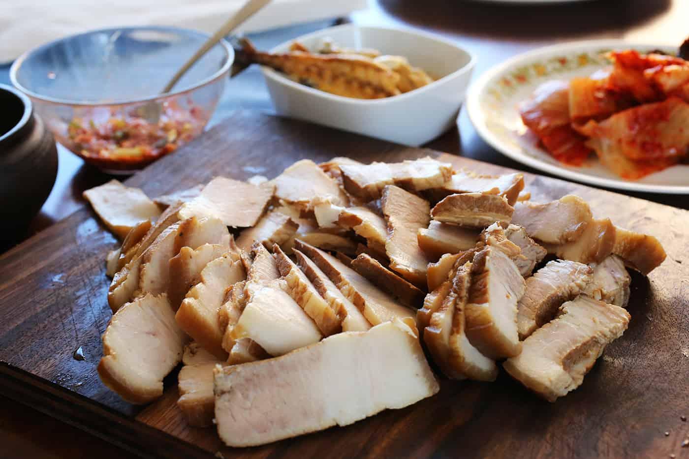Pork wraps (Bo-ssam) recipe