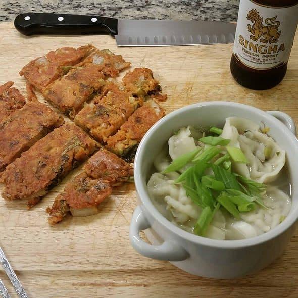 김치전/Kimchi pancake