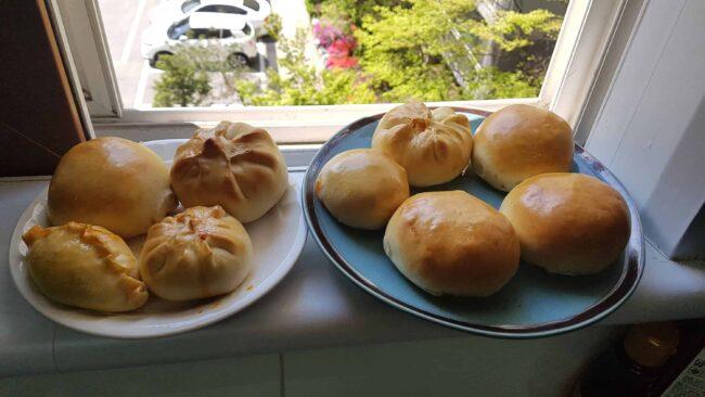 Kimchi pork buns (Kimchi ppang 김치빵)