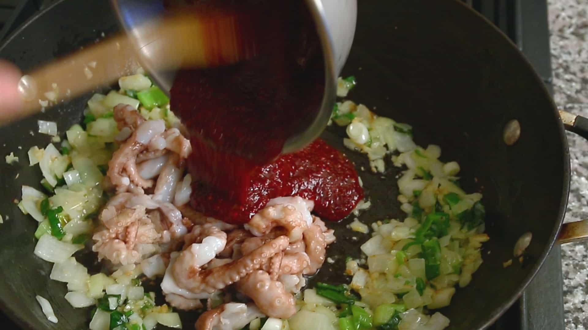 Spicy Stir Fried Octopus Nakji Bokkeum Recipe Maangchi Com