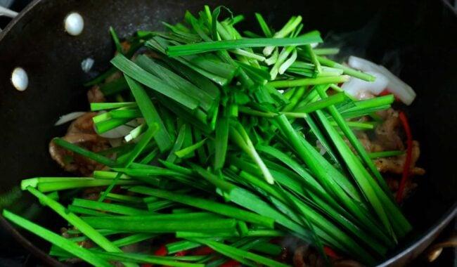 Buchu-japchae:부추잡채