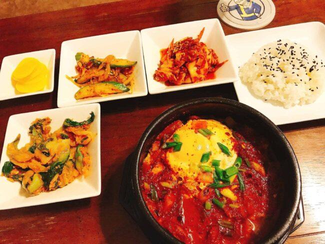 Kimchi-jjigae dinner