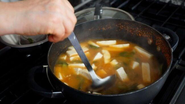 Bok choy tofu doenjang soup (Cheonggyeongchae dubu-doenjangguk