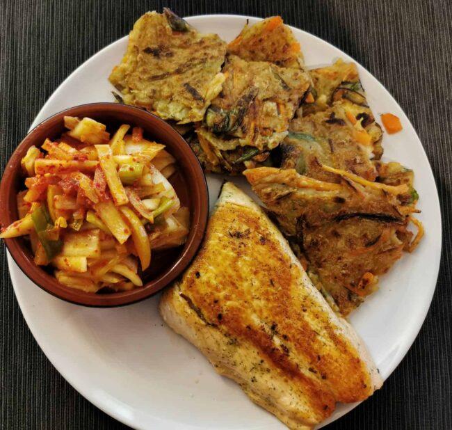 Kimchi, Salmon and Yachaejeon