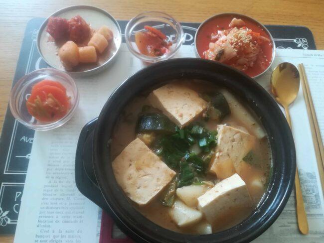 Delicious Doenjang jjigae (Korean soybean paste stew)!