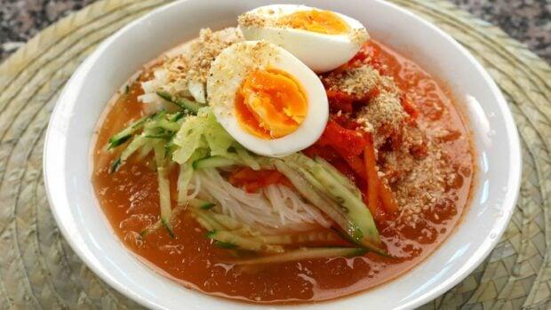 kimchimariguksu (김치말이국수: cold kimchi noodle soup)