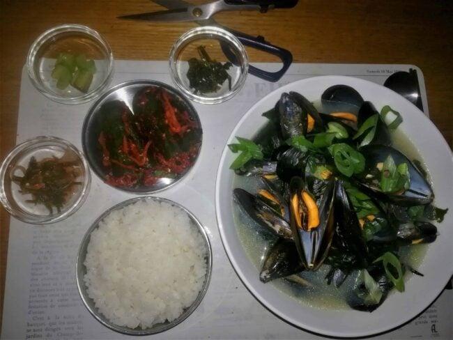 https://www.maangchi.com/wp-content/uploads/2020/09/oisobagi-honghap-miyeok-guk-retouche-150x150.jpg