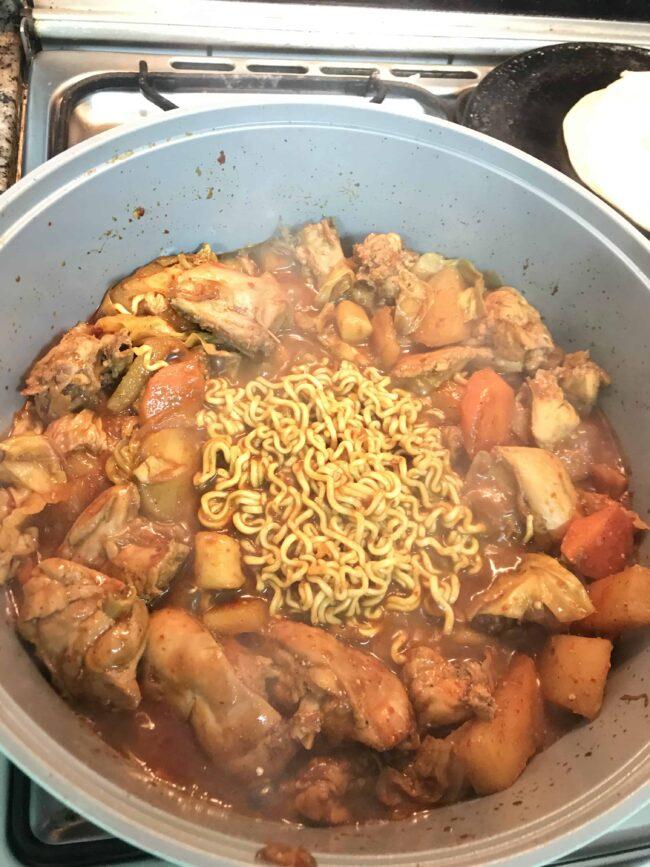 Dakgalbi(spicy chicken)
