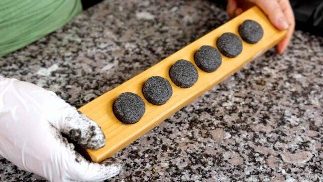 black sesame seeds dasik